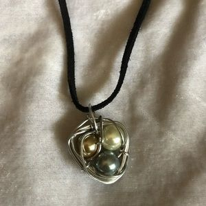"""Jewelry - Twisted wire/ Pearl """"nest"""" Necklace"""